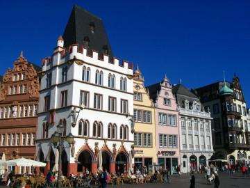 Mosel_Trier_Hauptmarkt_cTITRudek.JPG