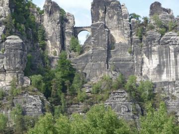 Sachsische_Schweiz_3.jpg