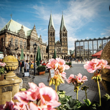 Jonas_Ginter__BTZ_Bremer_Touristik-Zentrale_BTZ_4537_Marktplatz_-_Rathaus_Dom_Burgerschaft.jpg